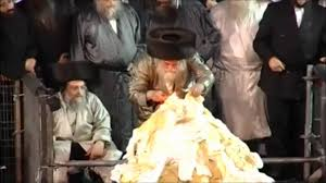 Image result for Toldos avrohom yitzchok bonfire