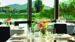 The Chart House Scottsdale Az Scottsdale Seafood Restaurant Dining With A Mountain View