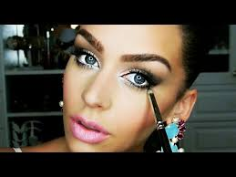 no matter what your eye color is this tutorial will help you create a gorgeous smokey eye it works best if you have small eyes or hooded eyes
