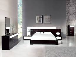 Modern Bedroom Interiors Brown Bedroom Sets 4 Modern Bedroom Furniture Sets For Bedroom