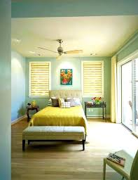 good color to paint bedroom wall colors for small rooms best color to paint a small