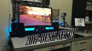 my 2017 laptop desk setup