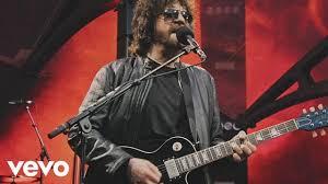 Jeff Lynne's <b>ELO</b> - Evil Woman (Live at Wembley Stadium) - YouTube