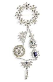 burberry crystal daisy chain chandelier brooch in pale lavender