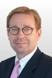 Peter B. Arnold - Attorney at Law - Civil Notary - Zug - Zurich