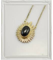 retrop droplet locket necklace sri lanka