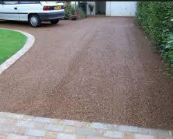 Driveway gravel types Gravel Stabiliser Gravel Referencecom Garage Doors Driveway Types For Your Garage Bakers Garage Doors Inc