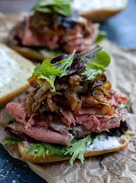 Place the ribs and any leftover meat scraps or fat trimmings into the bottom of a large crockpot/slow cooker. Leftover Prime Rib Sandwich Recipe Wonkywonderful