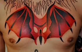 тату крылья на груди татуировки татушка