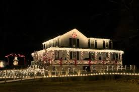 How To Install Outdoor Christmas Lights On House Tip Top Lighting Utahs Premiere Source For Christmas And
