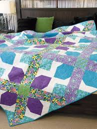 82 best Queen Size Quilts images on Pinterest | Queen quilt, Queen ... & Just 12 big, beautiful patchwork quilt blocks are all you need for this  queen size Adamdwight.com
