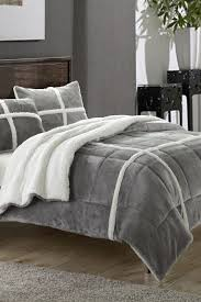 king size faux fur comforter navy blue bedspread pink and blue bedding grey and white comforter queen size fur comforter