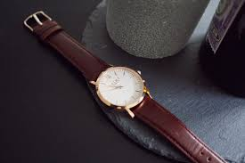 minimalist watch gold brown