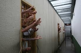Resultado de imagem para Foto: a esperança no cárcere