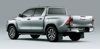 2016 Toyota HiLux interior, additional variants revealed in ...