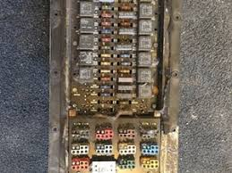fuse box on kenworth t600 car wiring diagram download cancross co T300 Wiring Diagram kenworth wiring harnesses (cab and dah) parts tpi fuse box on kenworth t600 kenworth t800 wiring harnesses (cab & dash) (stock p 357) bobcat t300 wiring diagram