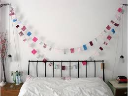 Fabric banners diy Wall It Is Perfect Way To Recylce All Those Old Fabric Remnants And So Simple Even The Kids Can Help You With This Project Onlinefabricstore Fabric Diy Fabric Banners Onlinefabricstorenet Blog