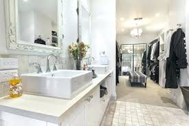 Master Bathroom With Walk In Closet Model