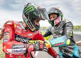 Francesco Bagnaia and the first time he met Valentino Rossi: 'I was nervous  about meeting my idol' - Motorcycle Sports