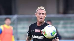 Gianluca scamacca (born 1 january 1999) is an italian forward who currently plays for the dutch club psv eindhoven. L Importanza Di Esser Ardemagni