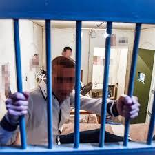 Indagati per pestaggi sui detenuti, agenti pentenziari in rivolta al carcere  di Santa Maria Capua Vetere