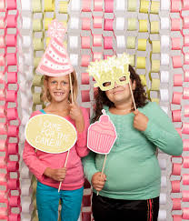 Cricut Photo Booth Props Cartridge -- Create birthday celebration photo  props with the Cricut Explore