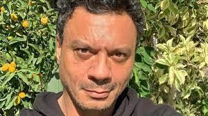 عباس أبو الحسن: 'الطبيب تحرّش بي 3 مرات'