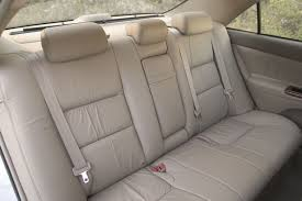 2005 toyota camry xle rear seats picture