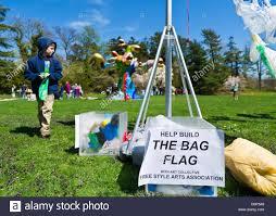 Art Bag Nyc Roslyn Harbor New York Usa 21st April 2013 At Celebrate Earth