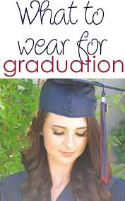 what to wear for graduation college fashionista graduation dress college graduation shoes college graduation
