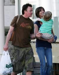 Paul Young, Stacey Smith - Stacey Smith Photos - Paul Young & Family  Running Errands In Harrow - Zimbio