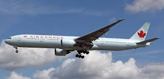 Boeing 777-300ER by Canon in old Air Canada livery. Scale: 1:120. |  Paperflug.ru