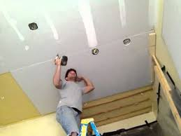 hanging drywall on a ceiling solo you