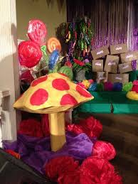 best charlie book party images chocolate factory willy wonka set