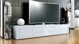 Top 3 Best Entertainment Centers And TV Stands For A 70Inch