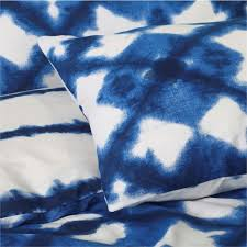 tie dyed blue duvet cover set closeup