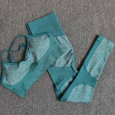 <b>Ombre</b> Yoga <b>Set</b> Sports Bra and Leggings Women <b>Gym Set</b> Clothes ...