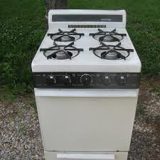 Find More Apartment Size Gas Stove In Working Order For Sale