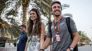 El beso de Fernando Alonso y Linda Morselli en Instagram - AS.com
