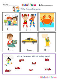 Help your beginning readers practice phonics and expand their reading vocabulary with this rhyme match worksheet. Ab Word Family Phonics Kindergarten Worksheet Kidzezone