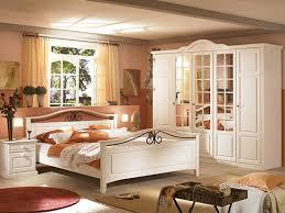 Schlafzimmer Set Holz Schlafzimmer Holz Set Mass Boss Uberbau Braune