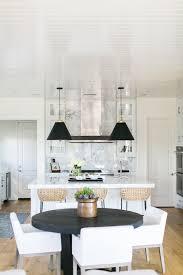 Estillo Project - Classic Modern KitchenBECKI OWENS