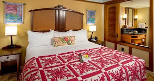Complimentary Chocolates On The Master King Bed, Which Looks In On The  Bathroom Through A