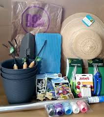 garden gift basket. Mother\u0027s Day Garden Gift Basket Items