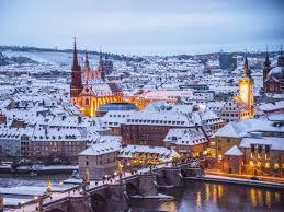 Bewerben sie sich auf der website für eine neue wohnung. 5 Weihnachtsklischees Die Man Nicht Mehr Horen Kann Wurzburg Erleben
