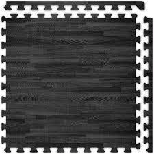 black tradeshow flooring