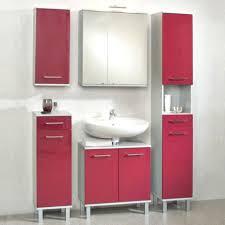 Rote Fliesen Badgestaltung Mit Roten Badezimmer Flecken In