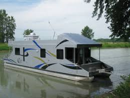 Small Picture Houseboat Boats for Sale in Ontario Kijiji Classifieds