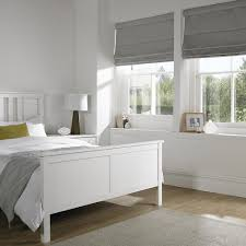 Modern Bedroom Blinds Our Made To Measure Roman Blinds Offer That Modern Alternative To