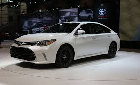 2016 Toyota Avalon Photos and Info – News – Car and Driver